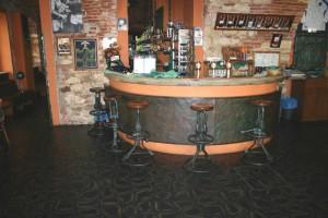 Bredovský dvůr restaurant - pavement Thales Alfa 1